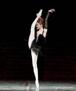 Carmen high legs